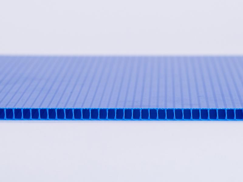 三鼎浅谈塑料中空板的注意事项及保养清洁