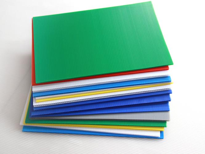 三鼎教您如何选购合适的中空板?
